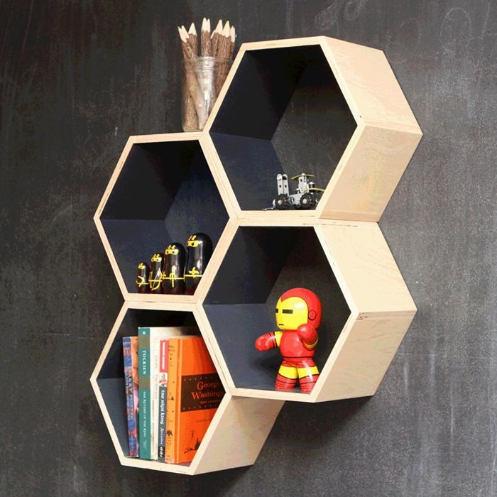 15 id es incroyables d 39 tag re hexagonale. Black Bedroom Furniture Sets. Home Design Ideas