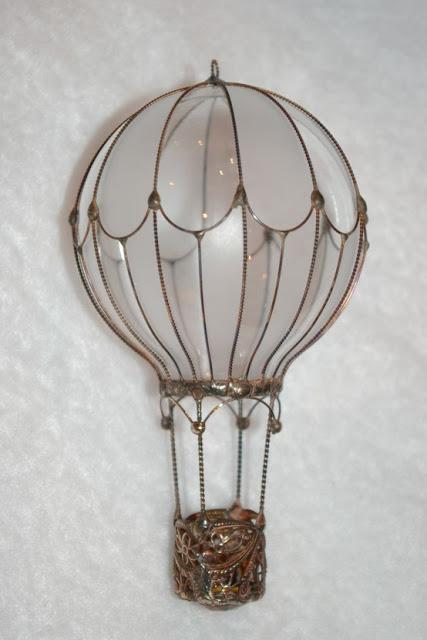 20+ Fantastique Idées Lumineuses pour Recycler vos Vieilles Ampoules  20+ Fantastique Idées Lumineuses pour Recycler vos Vieilles Ampoules