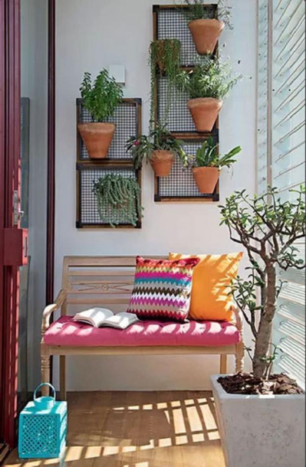 20 magnifiques jardins verticaux pour votre balcon. Black Bedroom Furniture Sets. Home Design Ideas