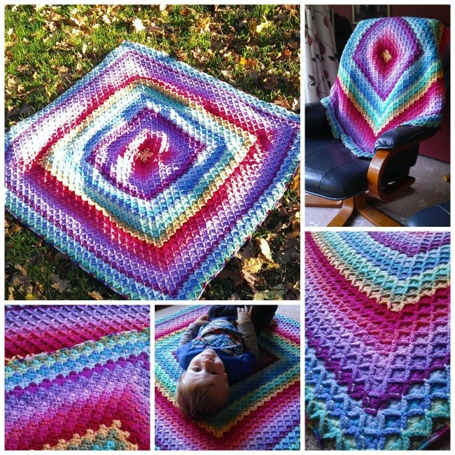 Crochet-Baby-Blanket-with-Free-Pattern3