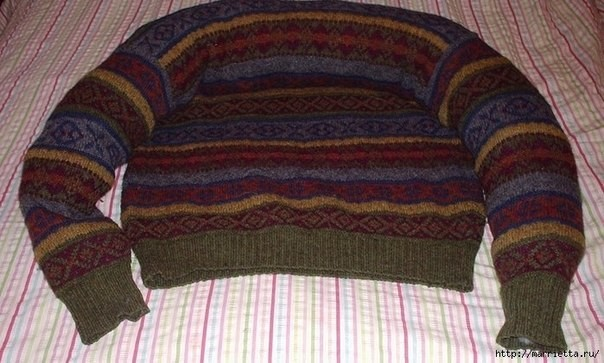 Pet-Bed-from-Old-Sweater-4