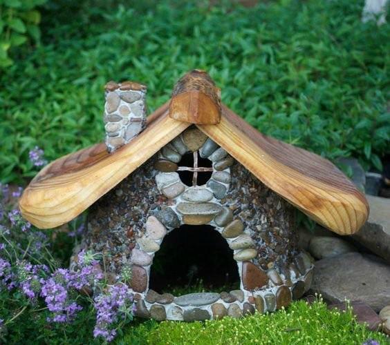 Maisons-miniatures-en-pierre-11
