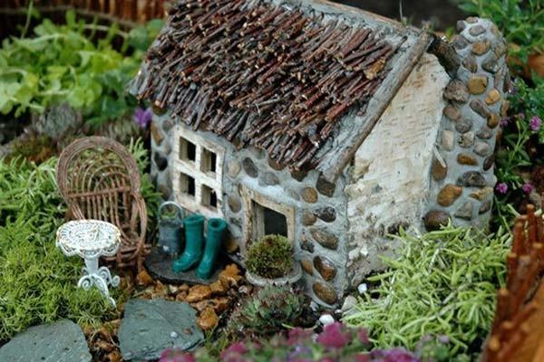 Maisons-miniatures-en-pierre-13