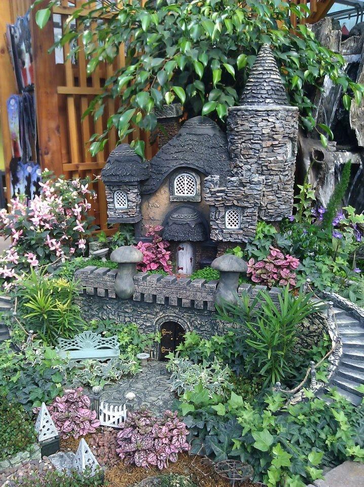 15 id es maisons miniatures en pierre pour d corer le for Idee pour le jardin