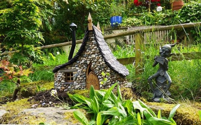 Maisons-miniatures-en-pierre-6