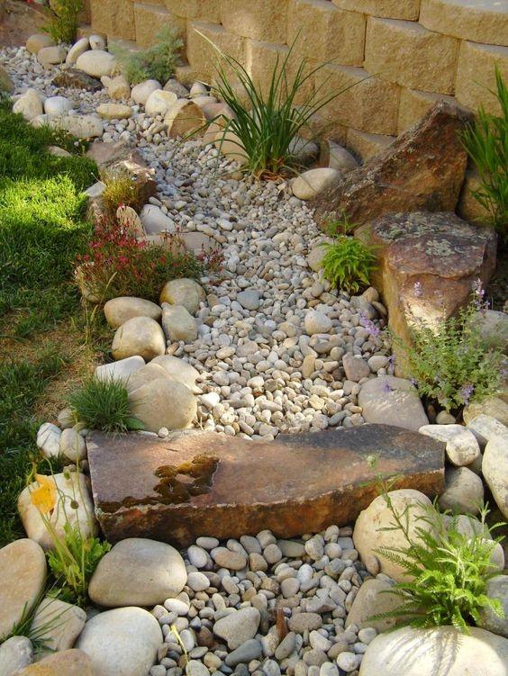 20 id es cr atives pour am nager votre all e de jardin for Idee pour amenager son jardin