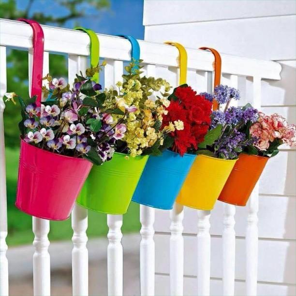 15+ Magnifiques Boîtes de Fleurs de Balcon  15+ Magnifiques Boîtes de Fleurs de Balcon