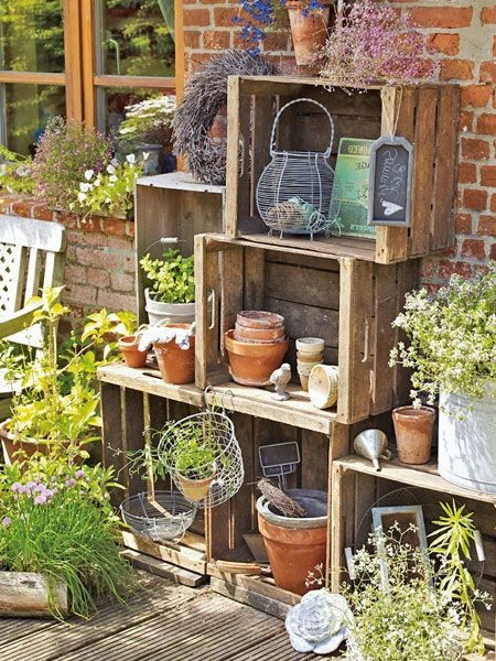 decorer-le-jardin-avec-des-cagettes-en-bois-16