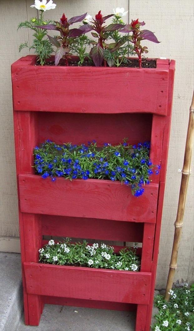 decorer-le-jardin-avec-des-cagettes-en-bois-2