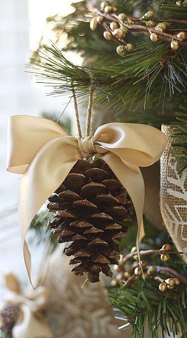 decorations-de-noel-avec-pommes-pin-7