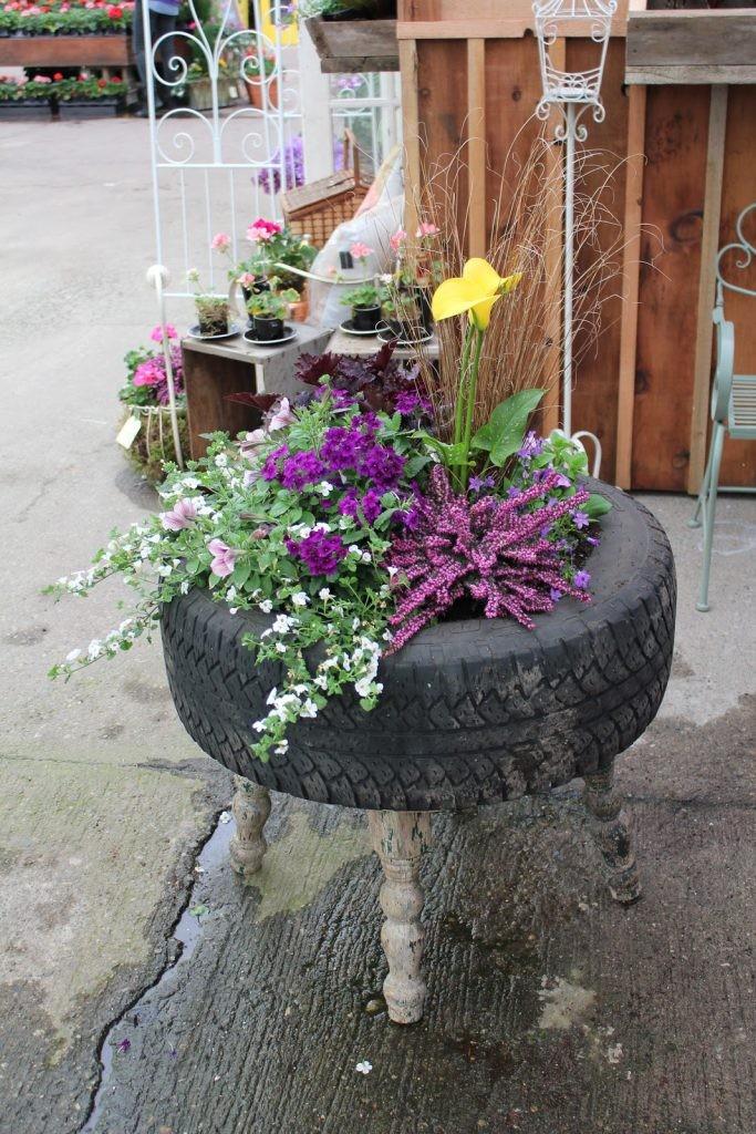 planteurs-fleurs-avec-vieux-pneus-6